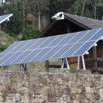 Instalar paneles solares en un chalet